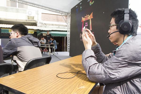 彰化南瑤宮聖母盃傳說對決電競大賽 打遊戲給媽祖看1.png