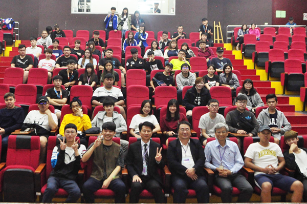 電競產業講座吸引不少對該領域有興趣的人參加.png