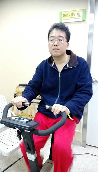 物理治療師腦出血左癱 高壓氧治療重獲新生2.png