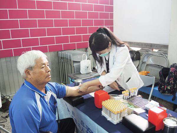 北斗扶輪社辦攝護腺癌免費健檢 呼籲40歲以上男人定期做PSA篩檢1.png