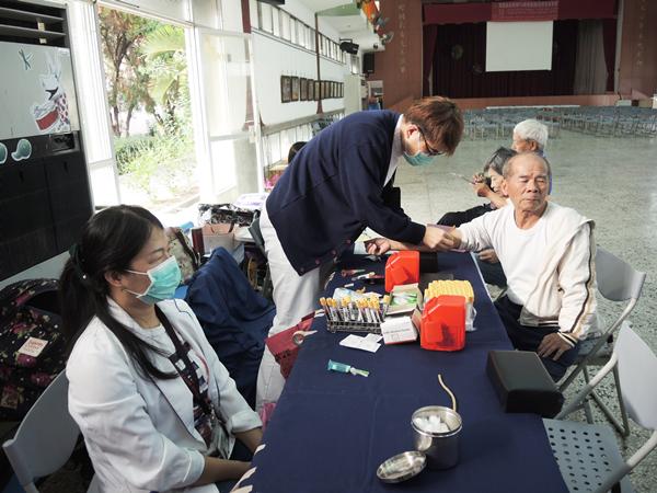 北斗扶輪社辦攝護腺癌免費健檢 呼籲40歲以上男人定期做PSA篩檢2.png