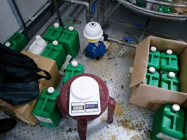 彰化檢警查獲假酒工廠 三萬多瓶流竄市面4.png