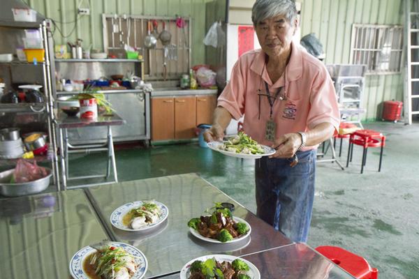 彰化大村隱藏版美式台菜 美國總統老布希都流連忘返2.png