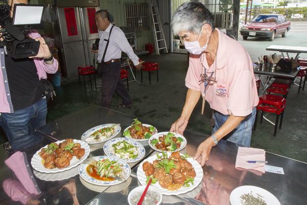 彰化大村隱藏版美式台菜 美國總統老布希都流連忘返1.png