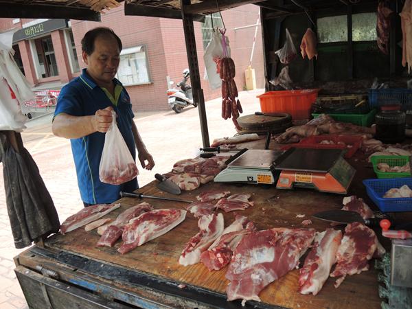 非洲豬瘟衝擊國內豬肉價 產地毛豬行情直直跌3.png