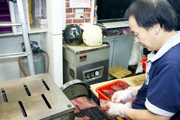 水根肉乾行做公益 力挺彰化在地優質豬肉食品8.png