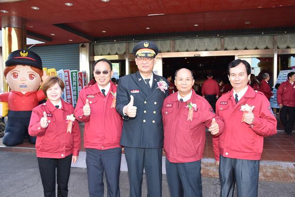 彰化縣119消防節慶祝表揚大會 王惠美表揚績優消防人員3.png
