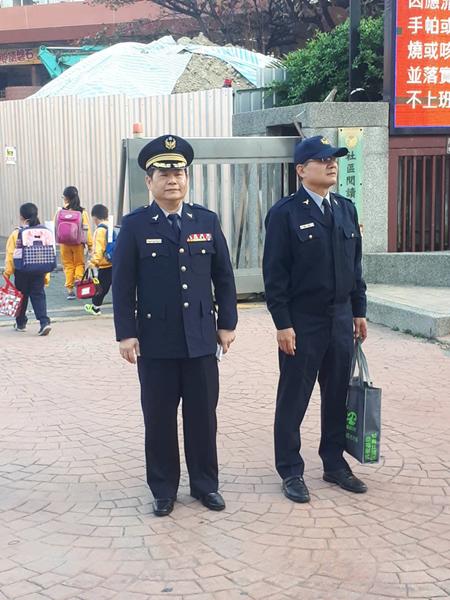 開學日員林警分局護童安心上學4.png