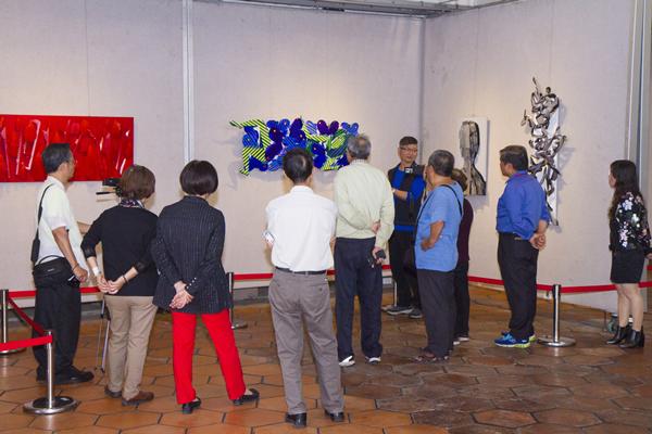 施性輝烤漆鈑創作展 作品傳達對社會的反饋2.png