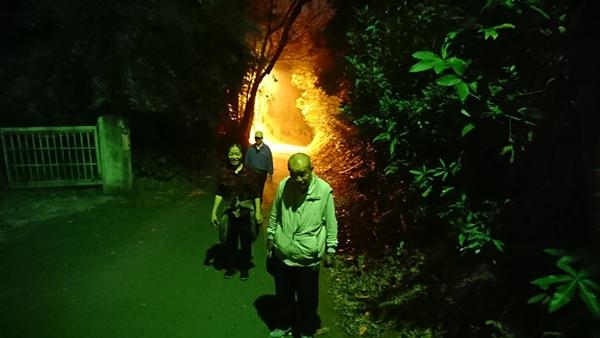 彰化八卦山「火燄洞」新奇景觀 三清宮登山步道打卡新景點2.png