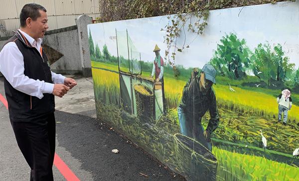 彰化市牛埔里巷弄彩繪圍牆 重現台灣早期牛耕文化2.png