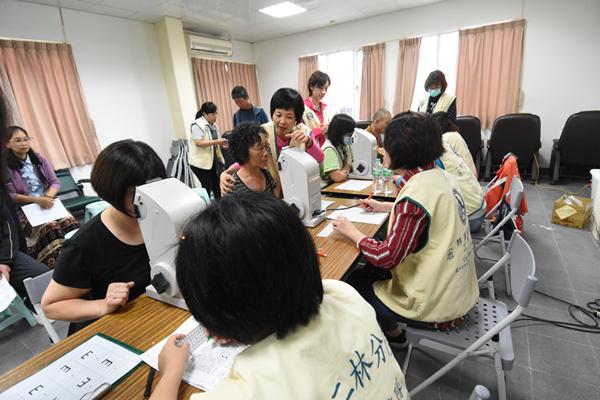 彰化縣萬人健檢第一場在二林文化教育園區啟動2.png