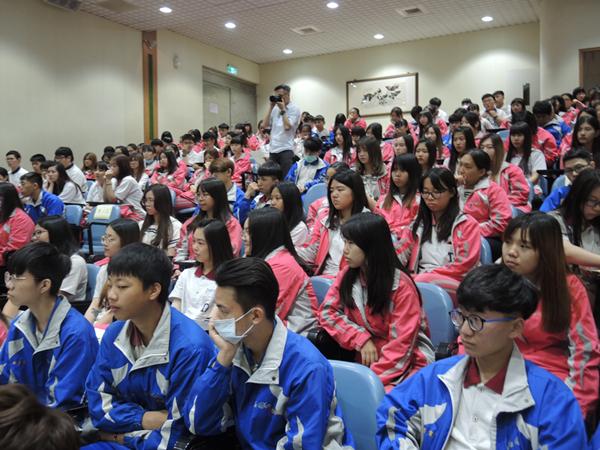達德商工強化升學就業競爭力分享會2.png