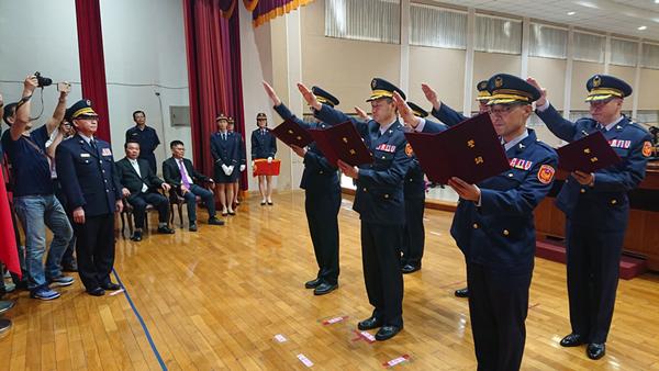 彰化縣警察局新任督察長張嘉煌及6位分局長交接典禮2.png