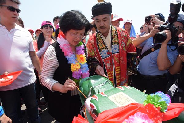 2019鹿港慶端陽「龍王祭」揭開活動序幕 來彰化鹿港體驗不同的端午風情2.png