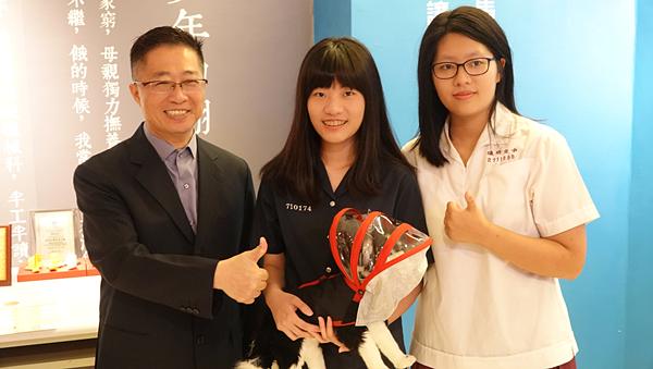 「台灣愛迪生」鄧鴻吉帶領學子於發明界闖出一片 科技創意未來之星殊榮3.png