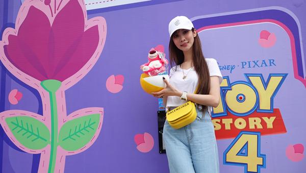 玩具總動員超萌期間限定店現身台中草悟廣場 巨型扭蛋機讓大人小孩都瘋狂3.png