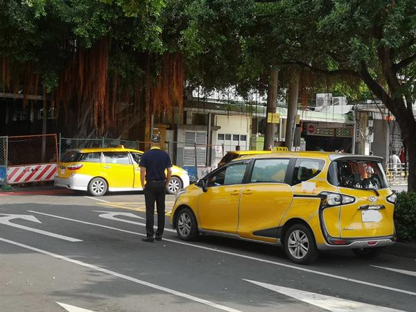 計程車汰舊換新補助資格放寬 小黃車齡10年以上把握月底前申請1.png
