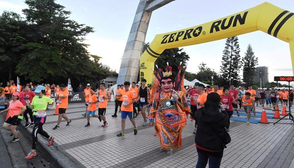 全統運動ZEPRO城市路跑熱血登場 用雙腳體驗彰化鹿港在地文化之美2.png