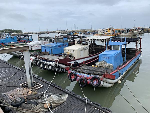 強颱來襲海巡加強港岸勸離作為 違者可依災害防救法開罰3.png