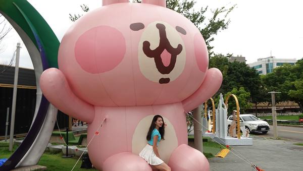 卡娜赫拉超萌現身台中草悟廣場 迪士尼公主一同夢幻登場3.png