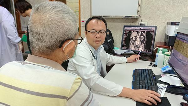 彰化八旬翁檢查攝護腺 意外發現肝臟胰臟都長腫瘤1.png