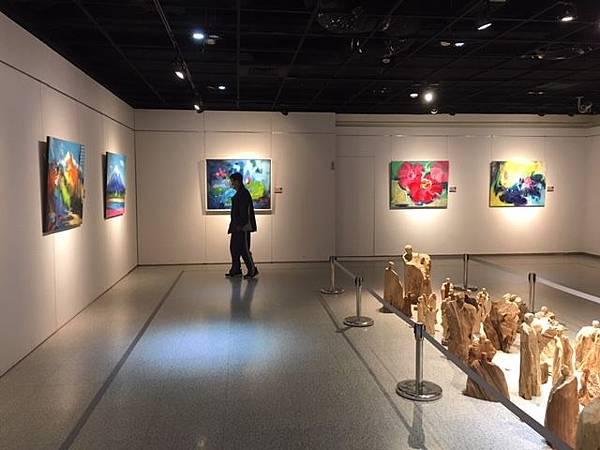 禪風舞木VS藝情形趣 彰化生活美學館木雕油畫雙聯展1.jpg