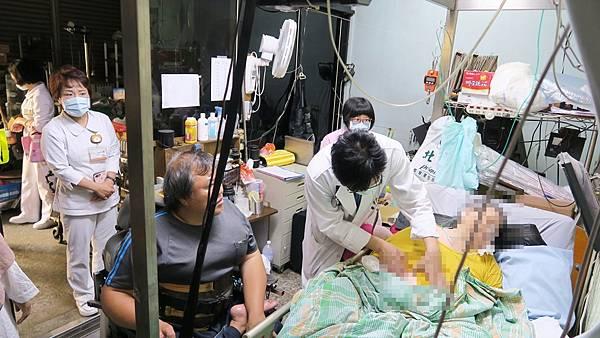 重度居家醫療到宅看診 彰化醫院免除重病患者舟車勞頓2.jpg