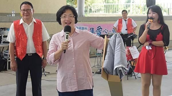 彰化竹林社區聯合義賣 助喜樂建伯立歐家園2.jpg