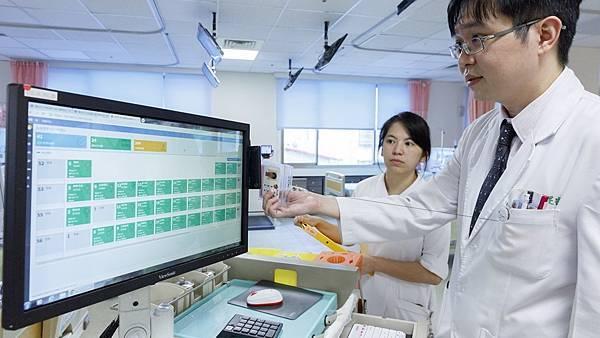 彰化醫院AI智慧醫療 提升洗腎病人照護安全2.jpg