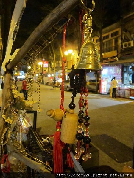 鹿港老街的藝品店
