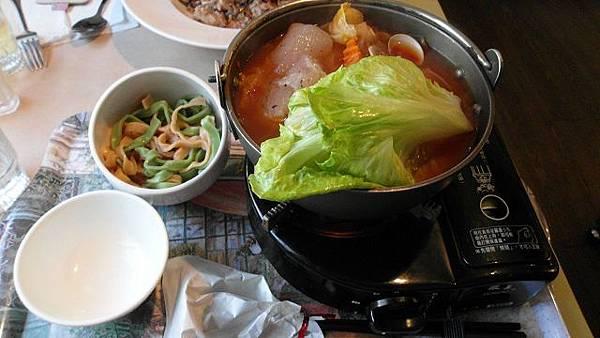 番茄葛利多利魚蔬菜燉鍋