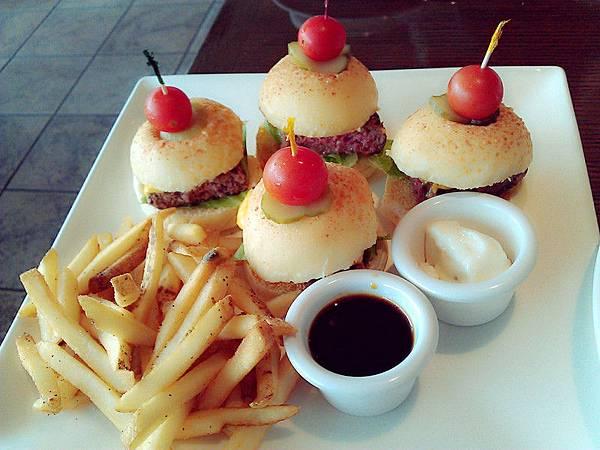 Fridays *迷你起司牛肉漢堡