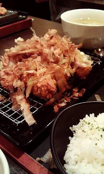 品田*章魚燒豬排