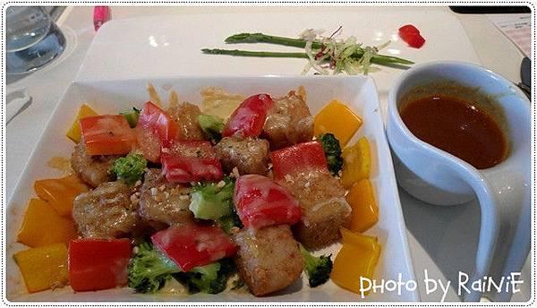舒果*彩蔬紅咖哩焗飯