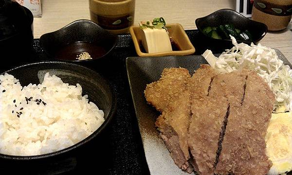 神戶廚房*厚切豬排定食