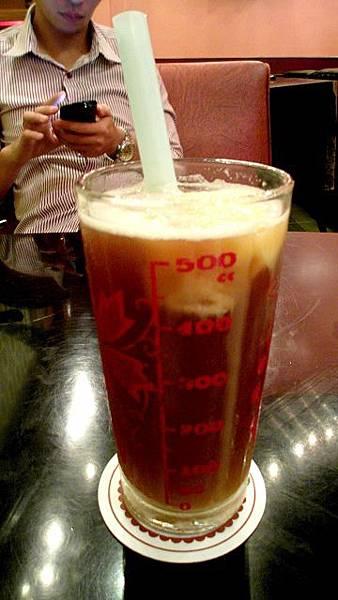 古城豆花庄*香蕉紅茶冰