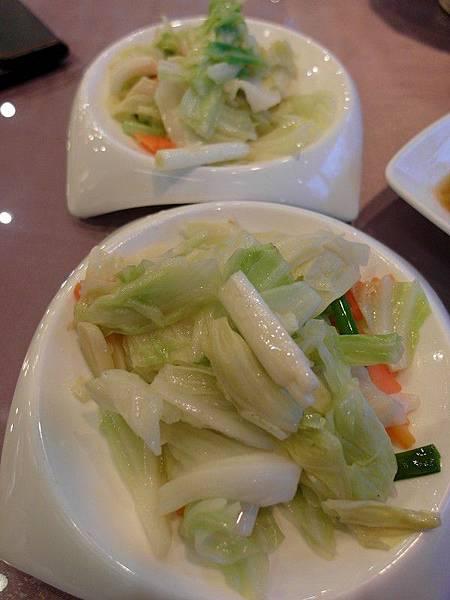 啼雞*季節時蔬-高麗菜
