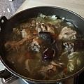 饗的幸福*香菇雞火鍋