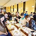 除夕中午全家在致穩馬維爾餐廳吃團圓飯