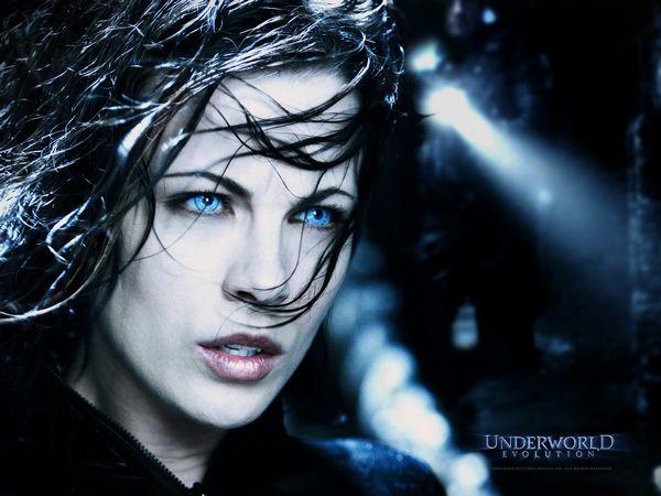 underworld-1-blue-eyes