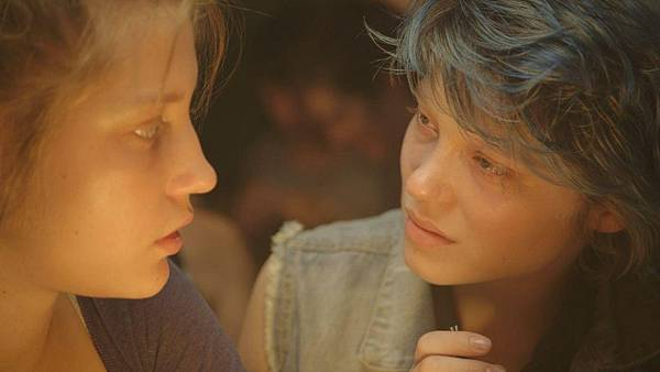 Blue_Is_the_Warmest_Color-120008336-large