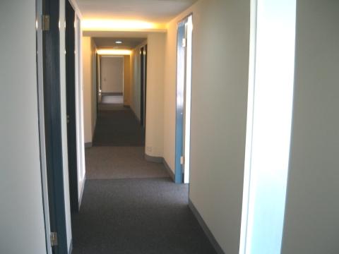 飯店式長廊2.jpg