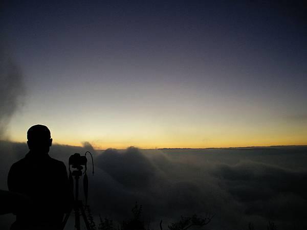 北大武山下翻騰的雲海