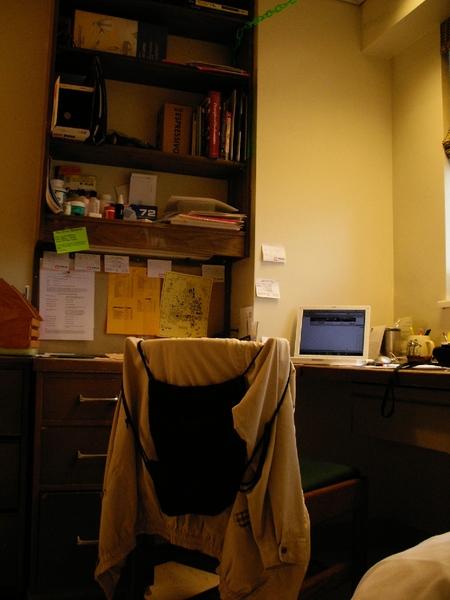 書桌與書櫃