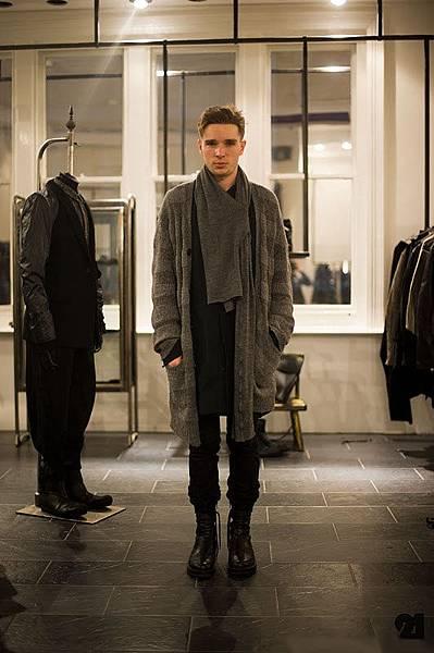 Graham Newmarch﹣LAYERS店員, 最強暗黑倫敦店﹣Layers.jpg