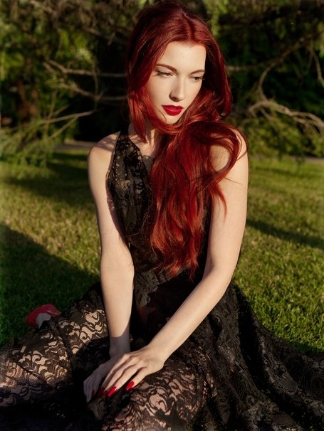 Chrysta Bell by Elias Tahan