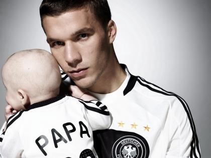 Lukas and Louis Podolski<3