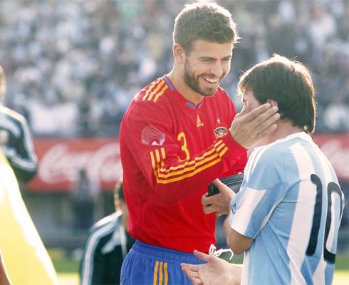 gerard  pique&Lionel Messi.jpg