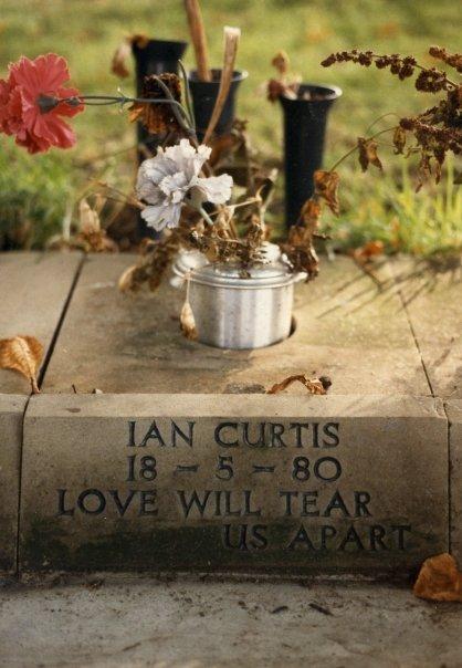 Ian Curtis31.jpg